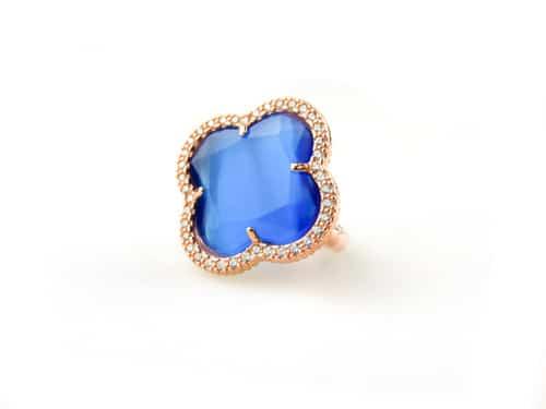 zilveren ring roosgoud verguld met kobalt blauwe steen klaver bloem en cubic zirconia
