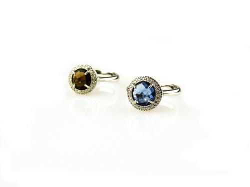 ringen in zilver bruine en blauwe steen en cubic zirconia