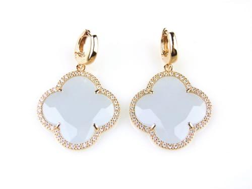 oorringen oorbellen in zilver roosgoud verguld gezet met gekleurde blauwe steen klaver bloem en cubic zirconia