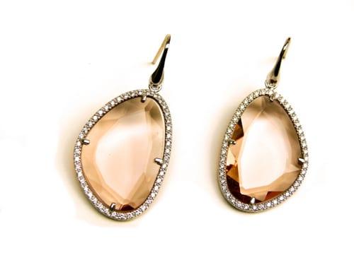 oorringen oorbellen in zilver roosgoud verguld met champagne kleurige steen en cubic zirconia
