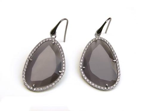 oorringen oorbellen in zilver met grijze steen en cubic zirconia