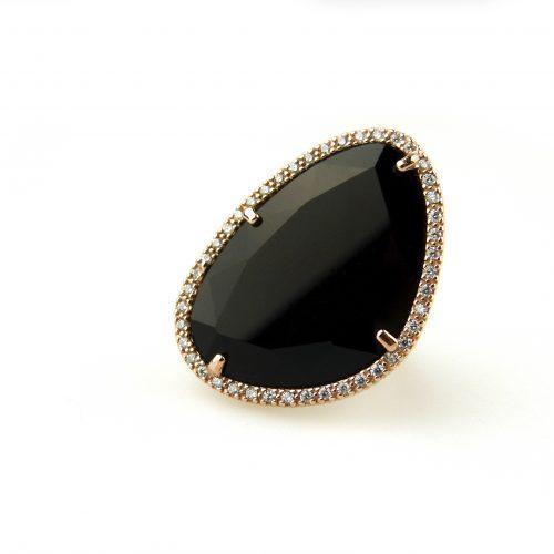 grote zilveren ring met zwarte steen en cubic zirconia