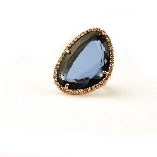 grote zilveren ring blauwe steen en cubic zirconia