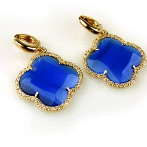 oorringen oorbellen in zilver roosgoud met kobalt blauwe klaver bloem