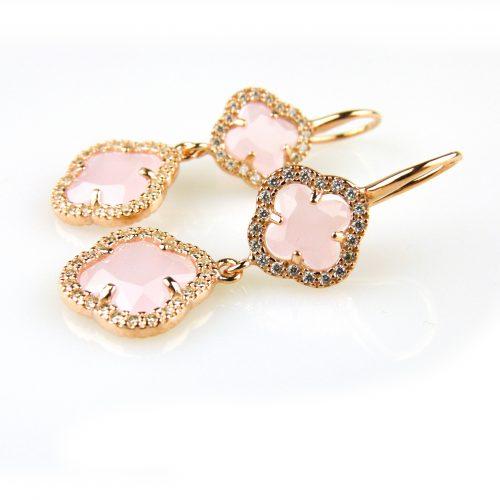 oorringen oorbellen in zilver roosgoud verguld gezet met roze stenen klavers bloemen