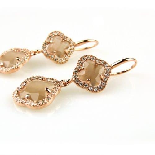 oorringen oorbellen in zilver roosgoud verguld gezet met bruine stenen klavers bloemen