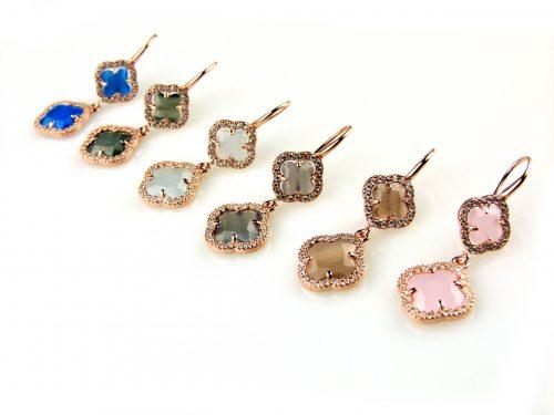 oorringen oorbellen in zilver roosgoud verguld gezet met gekleurde stenen klavers bloemen