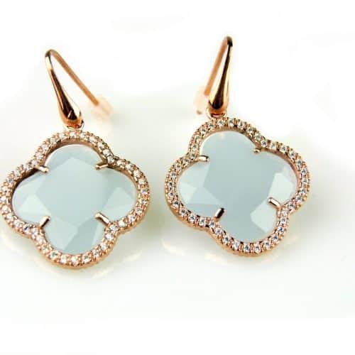 oorringen oorbellen in zilver roosgoud verguld met lichtblauwe steen klaver bloem en cubic zirconia