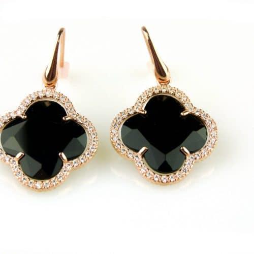 oorringen oorbellen in zilver roosgoud verguld met zwarte steen klaver bloem