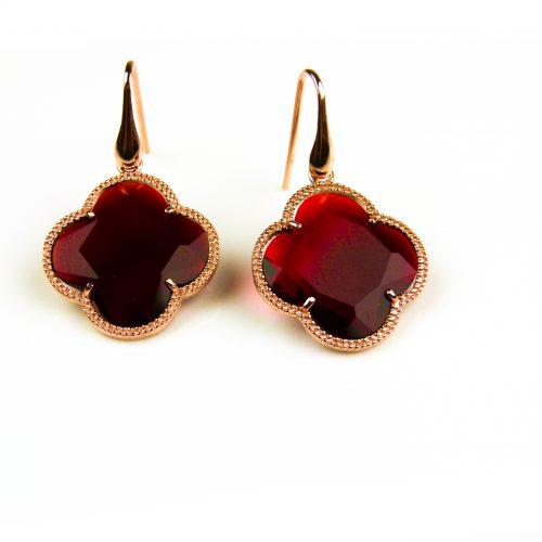 oorringen oorbellen in zilver roosgoud verguld met rode steen klaver bloem