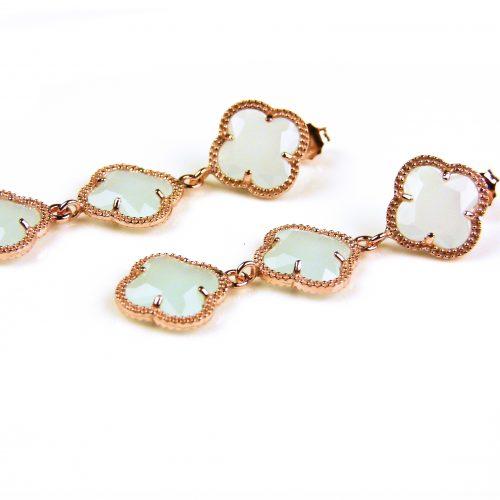 oorringen oorbellen in zilver roosgoud verguld met licht blauwe stenen klavers bloemen