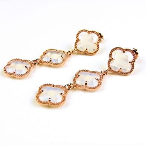 oorringen oorbellen in zilver roosgoud verguld met opaal kleurige stenen klavers bloemen