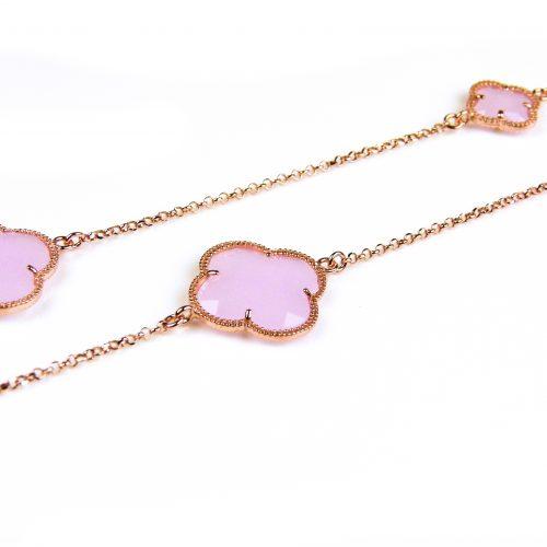 lange zilveren ketting roosgoud verguld met licht roze stenen klavers bloemen