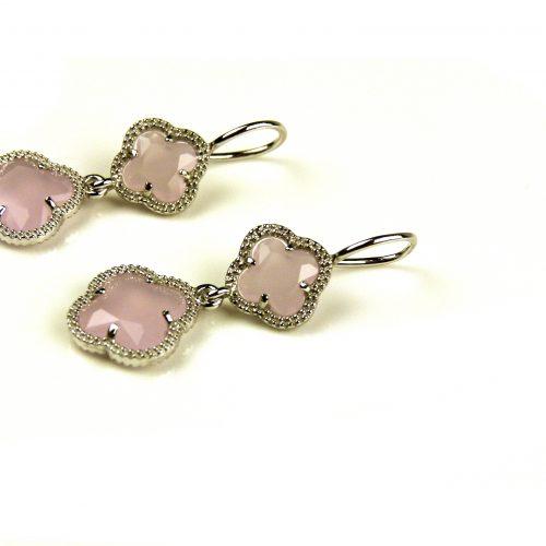 oorringen oorbellen in roze steen klaver bloem