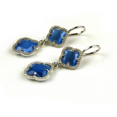 oorringen oorbellen in blauwe steen klaver bloem