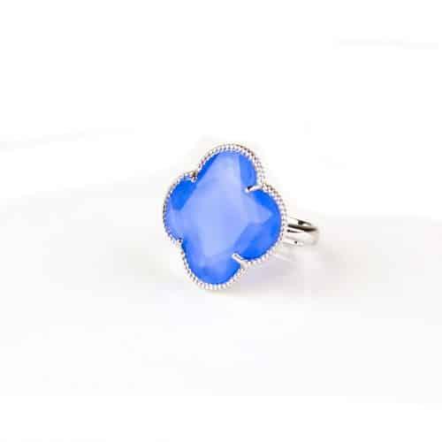 zilveren ring jeans blauwe steen klaver bloem