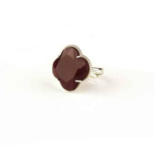 zilveren ring bordeaux steen klaver bloem