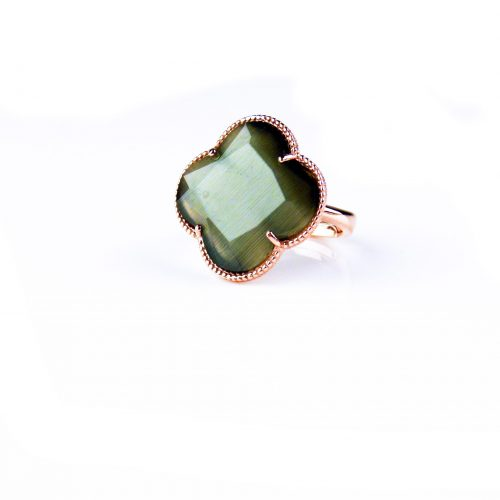 zilveren ring roosgoud verguld donker grijze steen klaver bloem