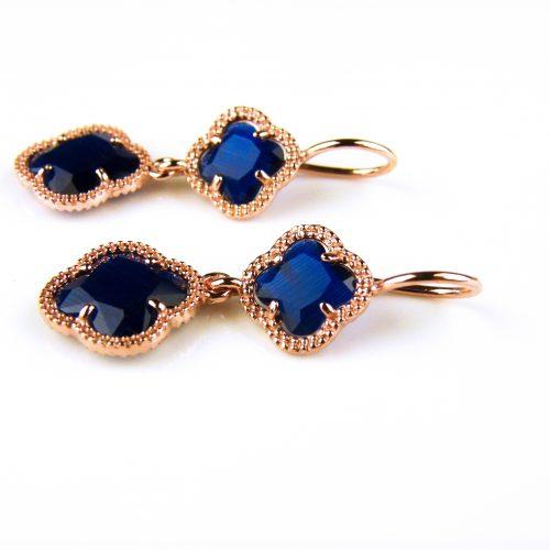zilveren oorbellen oorringen roosgoud verguld met donker blauwe klavers bloemen