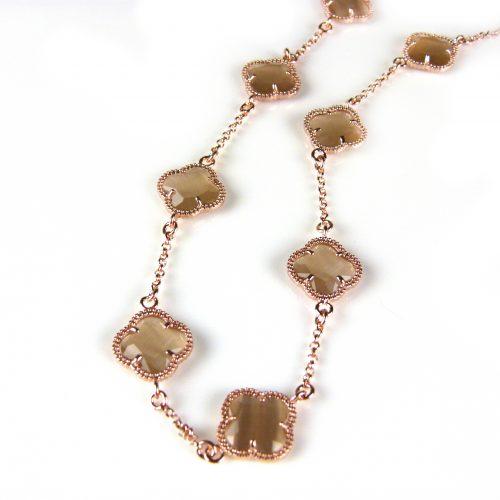 ketting in zilver roos goud verguld met bruine gekleurde stenen klavers bloemen