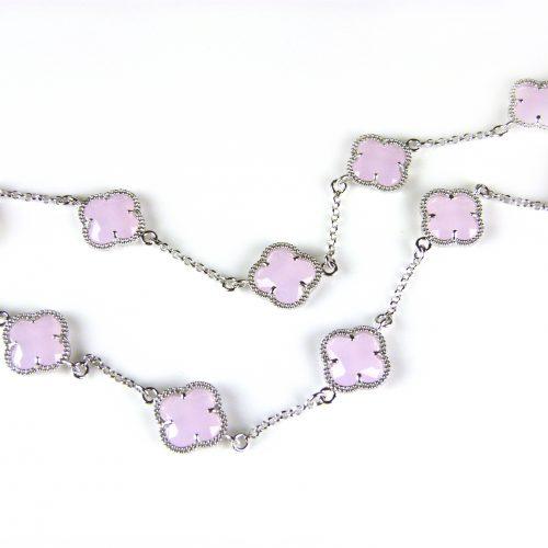 zilveren ketting gekleurde stenen roze bloemen klaver