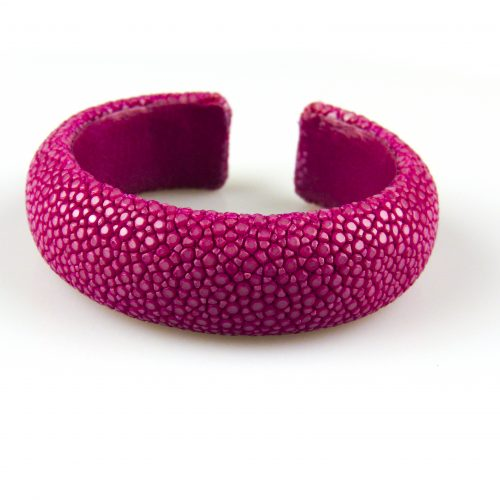 armband in roggeleder roggenhuid 20 mm breed fushia