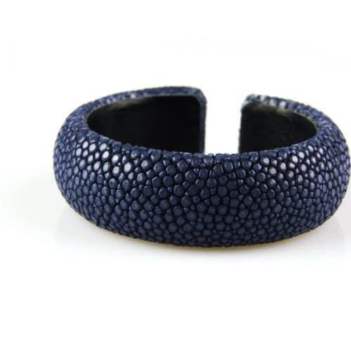 bracelet en cuir de raie galuchat 20 mm large couleur lapis