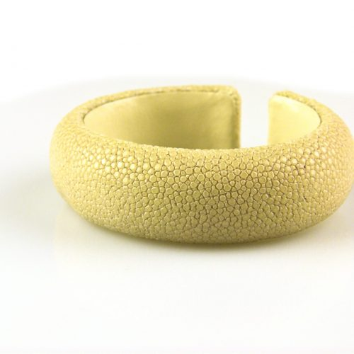 bracelet en cuir de raie galuchat 20 mm large couleur natural