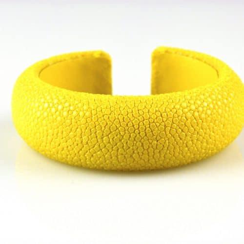 bracelet en cuir de raie galuchat 20 mm large couleur citron