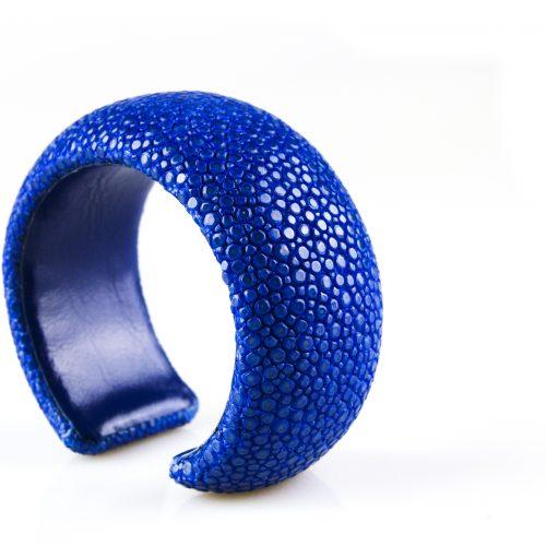 armband roggehuid roggeleder 30 mm breed kleur lapis blauw