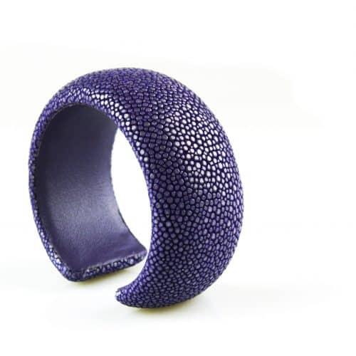 bracelet en cuir de raie galuchat 30 mm large couleur lavender