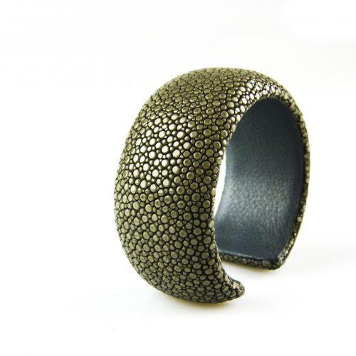 armband roggeleder roggehuid 30 mm breed kleur grijs