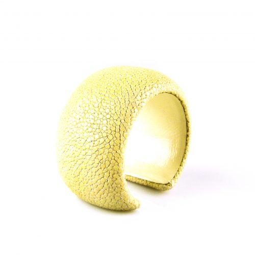 armband roggeleder roggehuid 40 mm breed kleur wit