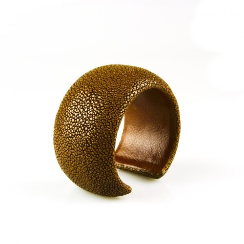 armband roggeleder roggehuid 40 mm breed kleur bruin