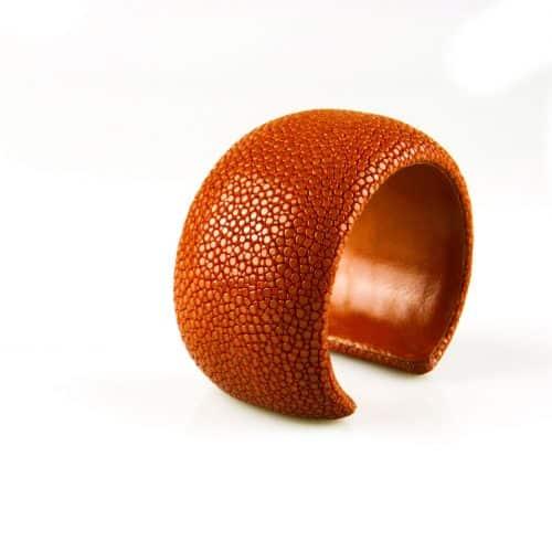 bracelet en cuir de raie galuchat 40 mm large couleur noir