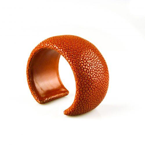 armband roggeleder roggehuid 40 mm breed kleur oranje