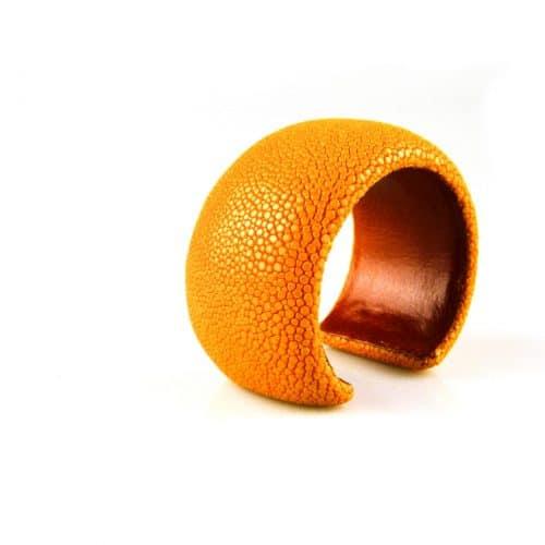 bracelet en cuir de raie galuchat 40 mm large couleur sun