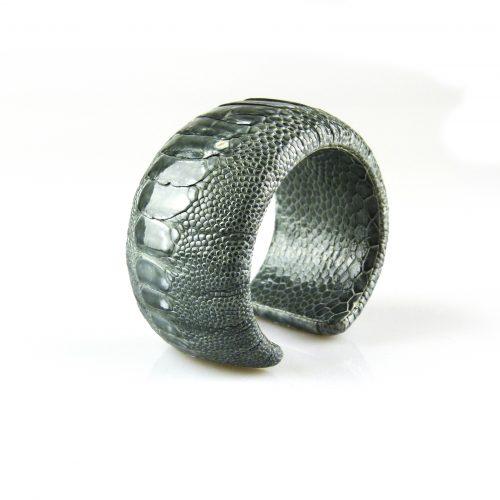 armband in struisvogel leder grijs 40 mm breed