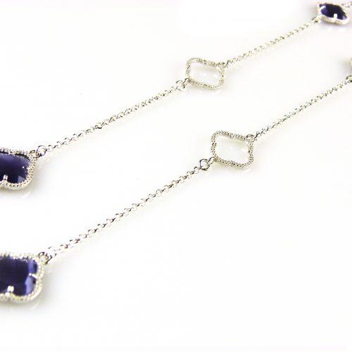 zilveren collier ketting sautoir met paarse stenen bloemen klavers
