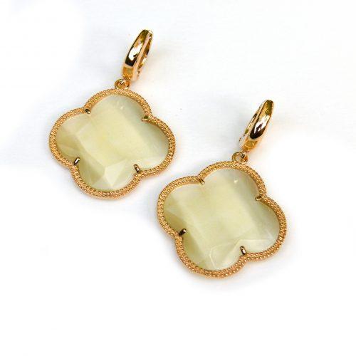 zilveren oorbellen zilveren oorringen geel goud verguld parelmoer stenen bloem klaver
