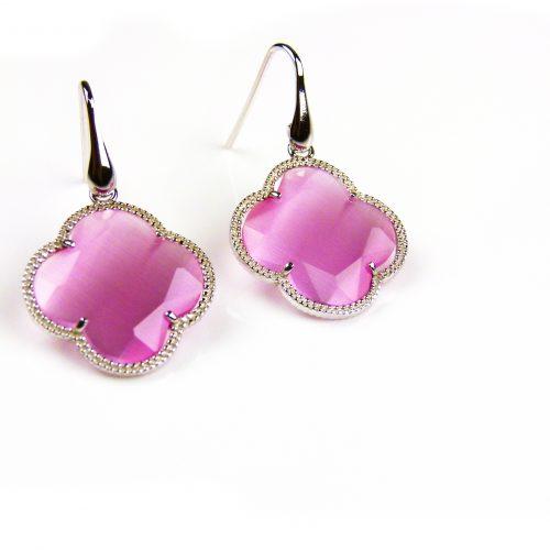 zilveren oorbellen zilveren oorringen roze klaver bloem