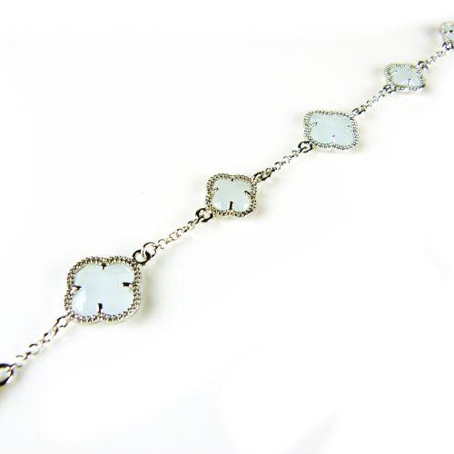 zilveren armband lichtblauwe stenen bloemen klavers