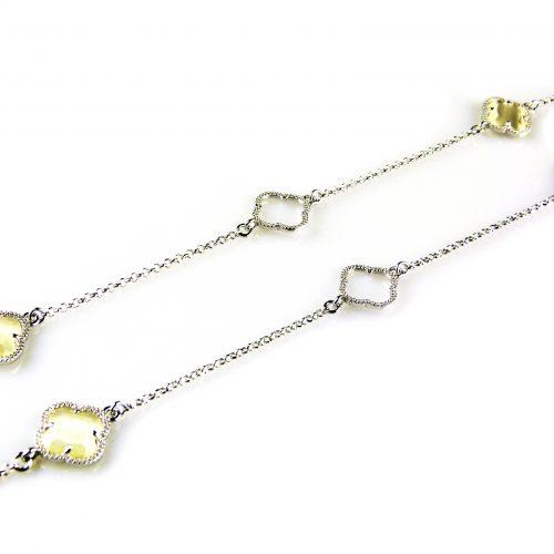 collier ketting sautoir in zilver met parelmoerkleurige stenen bloemen klavers