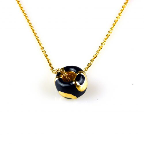 fijne zilveren ketting geelgoud verguld met blauwe email hanger