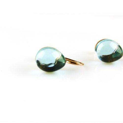 zilveren oorbellen roségoud verguld blauwe steen zilveren oorbellen roségoud verguld blauwe steen
