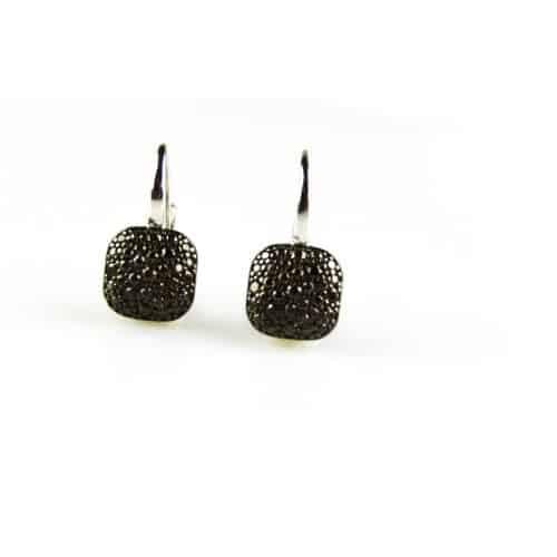 zilveren oorbellen zilveren oorringen gezet met bruine steentjes