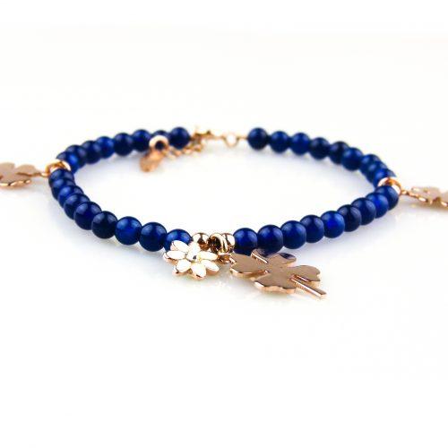 armband blauwe parels en roségoud vergulde bedels