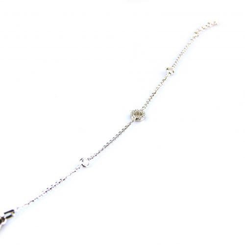 fijne zilveren armband gezet met cubic zirconia