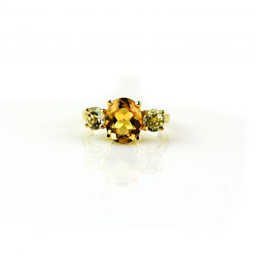 ring in geel goud gezet met citrien en groene kwarts