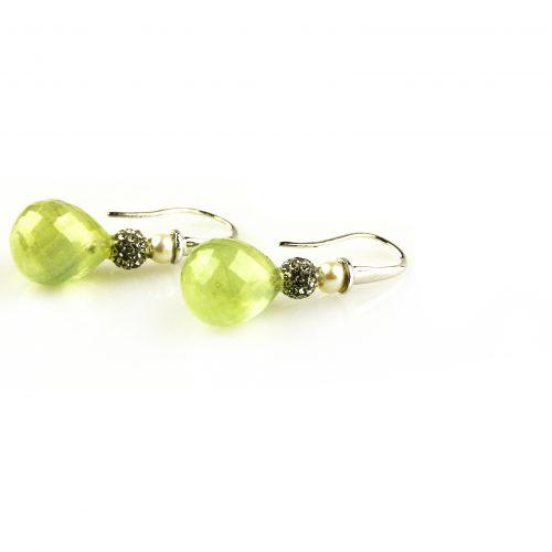 oorbellen oorringen in wit goud gezet met groene kwarts